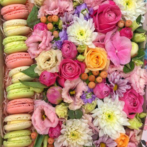 """Цветы с пирожными """"Леди Ди"""""""