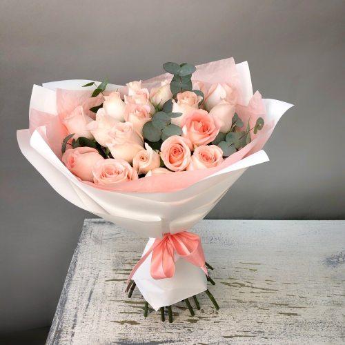 Нежность - 19 пудровых роз