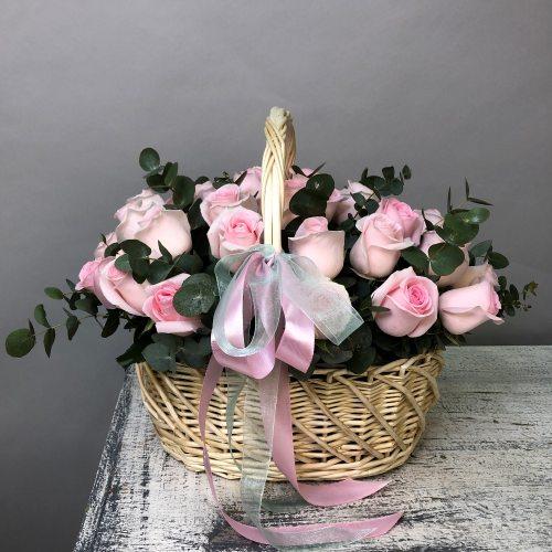 Леди - корзина из 31 розы