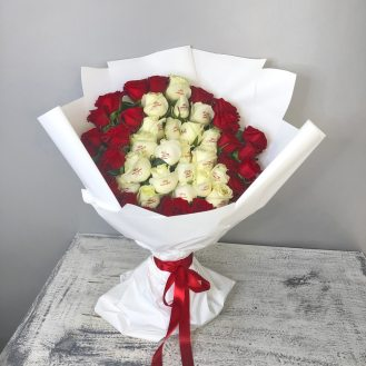 Инь и ян - 51 роза