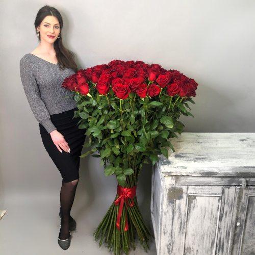 101 роза 140см