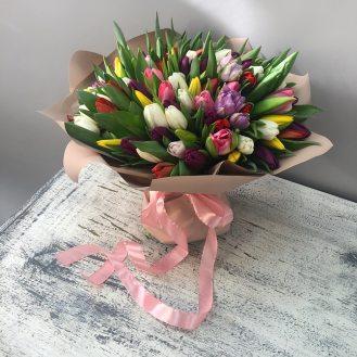 Весна - 101 разноцветный тюльпан