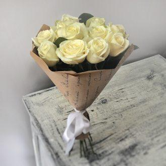 Классический белый - 11 белых роз
