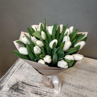 Весенняя нежность - 25 тюльпанов