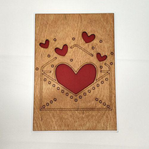 Деревянная открытка №1
