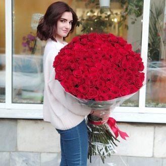101 роза 110см