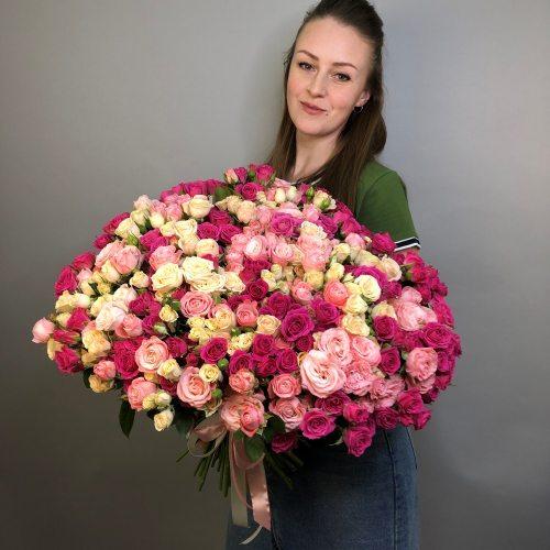 Нуга и карамель - 85 кустовых роз