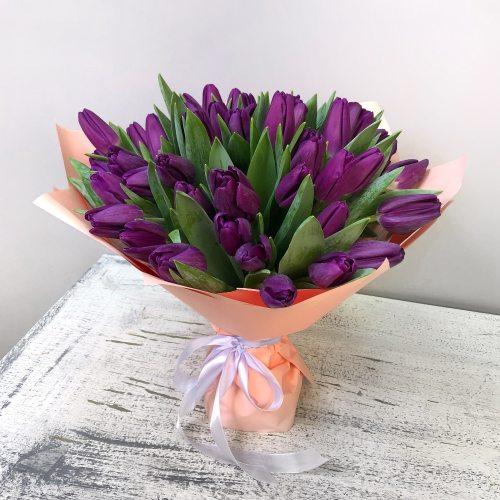 Ночь нежна - 51 фиолетовый тюльпан