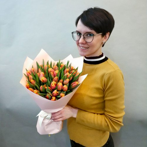 Веснушки - 51 оранжевый тюльпан