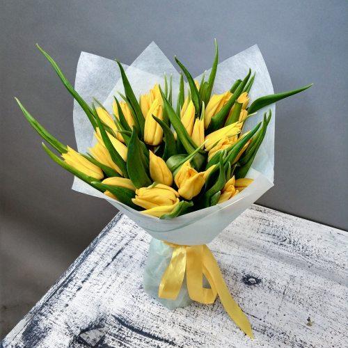Натали - 25 желтых тюльпанов
