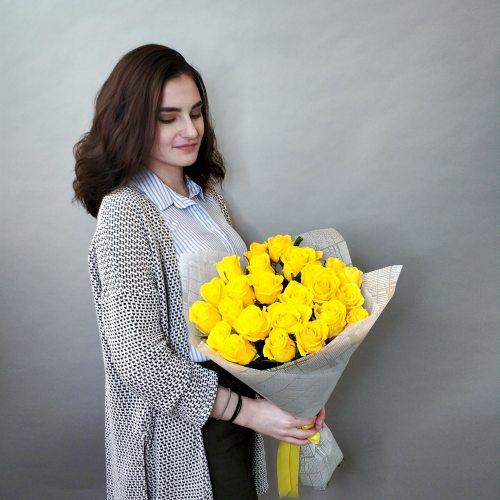 Яркий день - 25 желтых роз